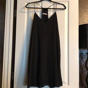 Dresses & Skirts - Flowy Black Sundress